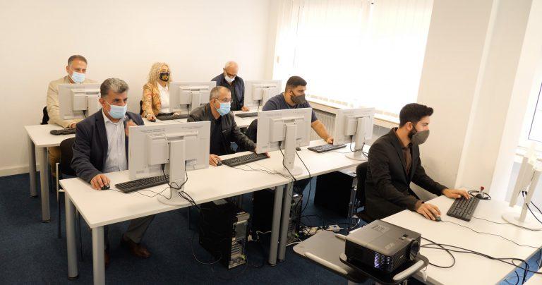 GEA Farm Technologies hat zehn Computer und Laptops an den Verein gespendet
